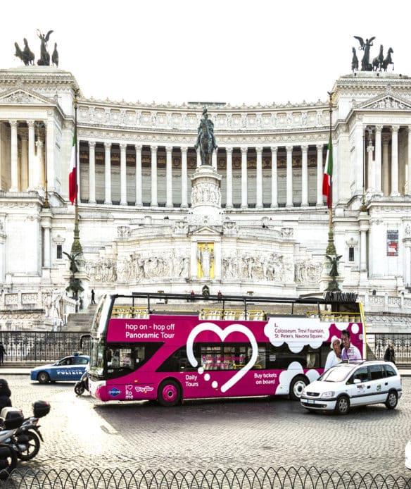 hop-on-hop-off-piazza-venezia